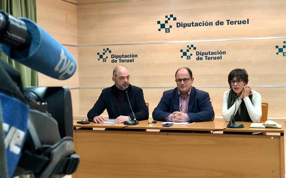 De izquierda a derecha, Antonio Santa Isabel, Alberto Izquierdo y Silvia Lacárcel./ DPT