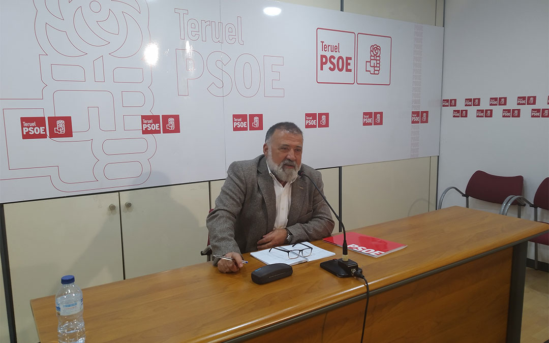 El diputado socialista Herminio Sancho en la rueda de prensa celebrada este lunes./ PSOE
