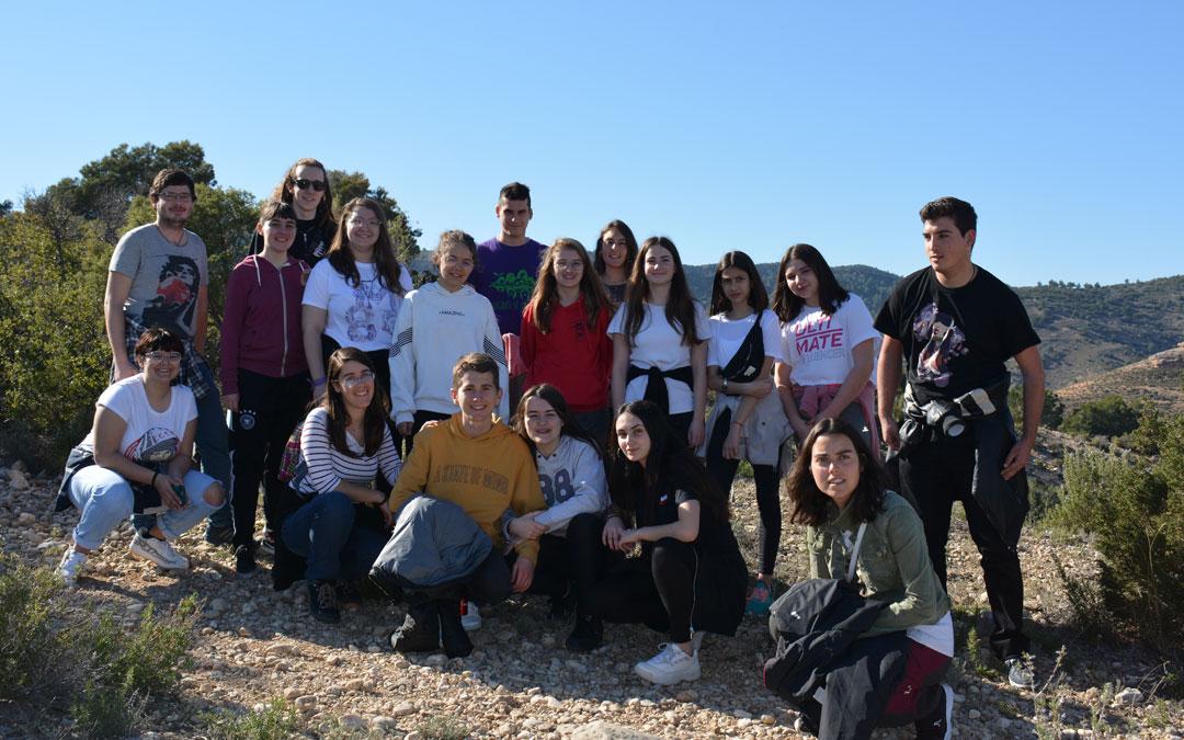 Los jóvenes conocen el entorno natural de Alcorisa./I.M.