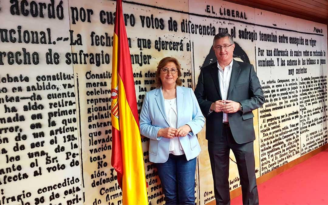 Carmen Pobo y Manuel Blasco./ PP