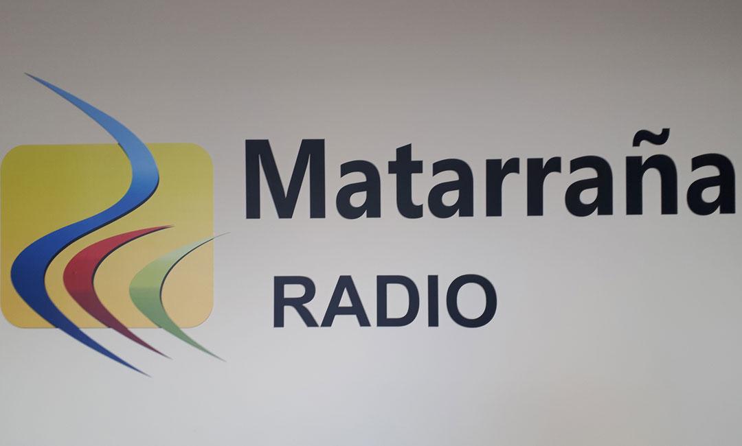 Detalle del estudio de Matarraña Radio en Valderrobres./ L.C.