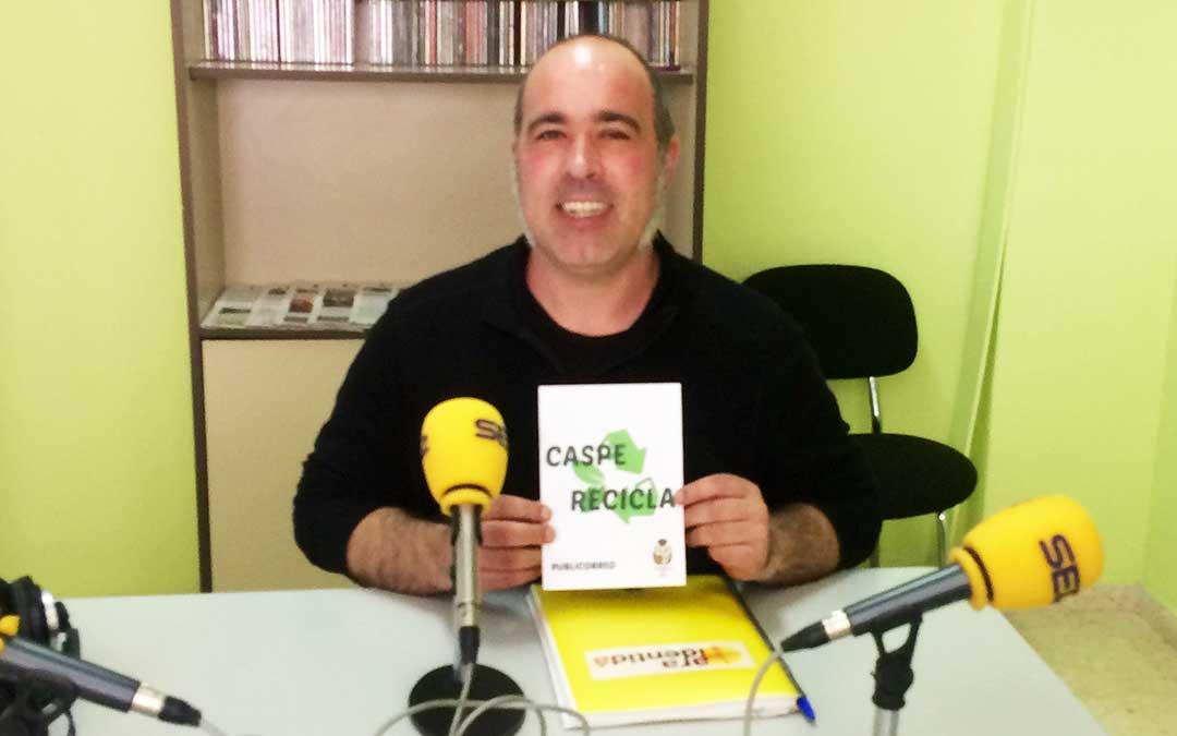 El concejal de Medio Ambiente y Agricultura del Ayuntamiento de Caspe es Rafael Guardia.