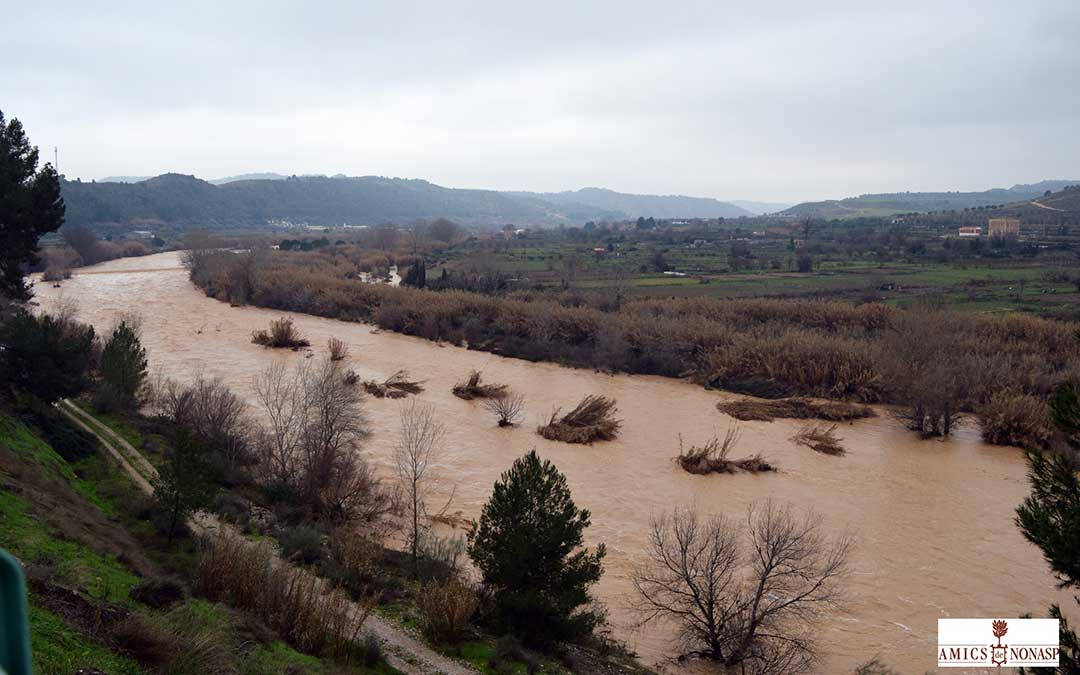 Desbordamiento del río a la altura de Nonaspe.