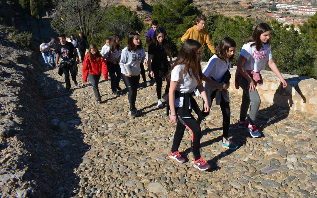 Subida al Monte Calvario de Alcorisa./I.M.