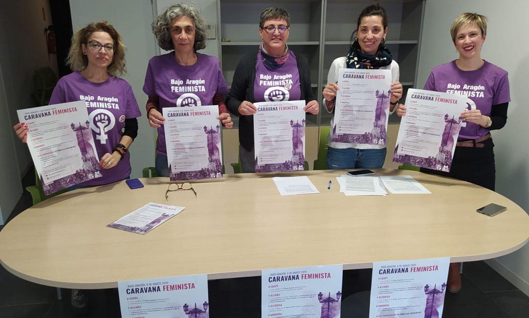 Miembros del Bajo Aragón Feministas que ofrecieron la rueda de prensa en la que presentaron los actos del 8 M