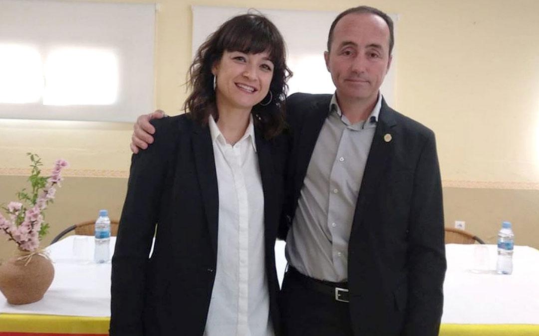 Eva Sancho, alcaldesa de Puigmoreno, y Roberto Lahoz, alcalde de Valmuel./LA COMARCA
