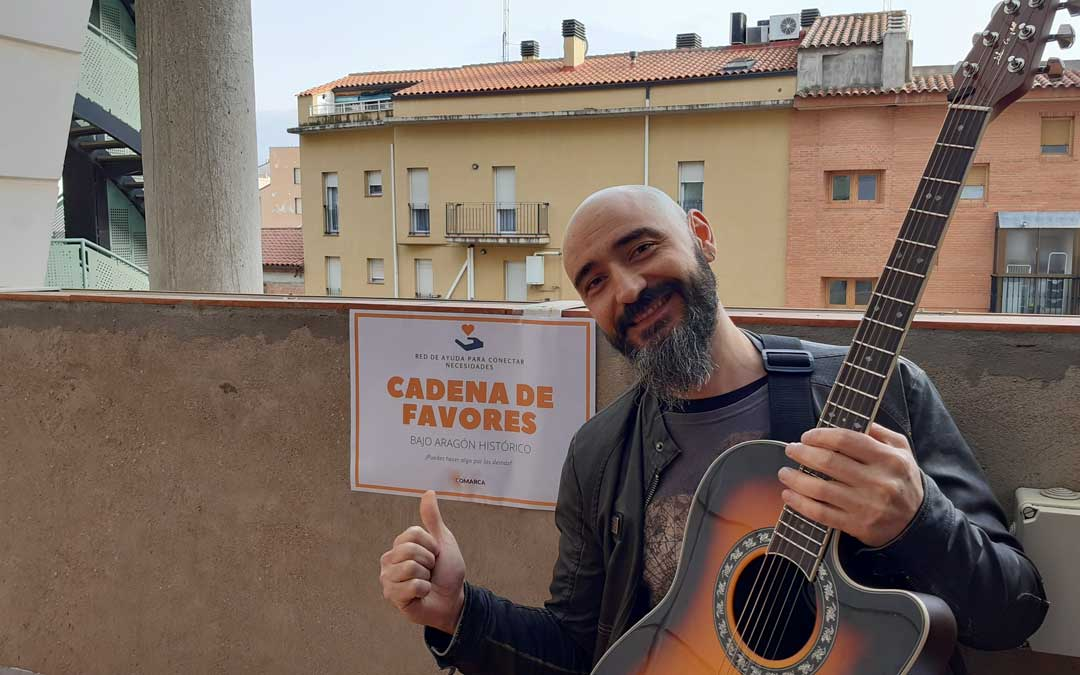 Kapi, el solista de Azero será uno de los participantes en 'Teruel Online Fest'./ B. Severino