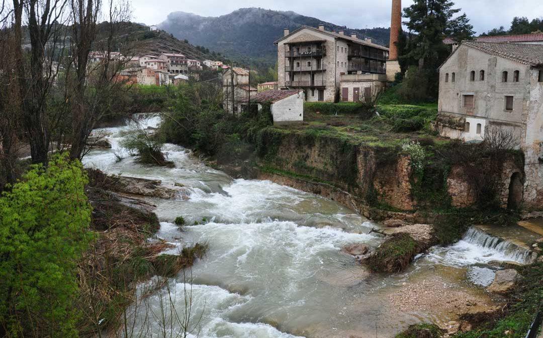 El río Matarraña registra la segunda riada ordinaria en lo que va de mes