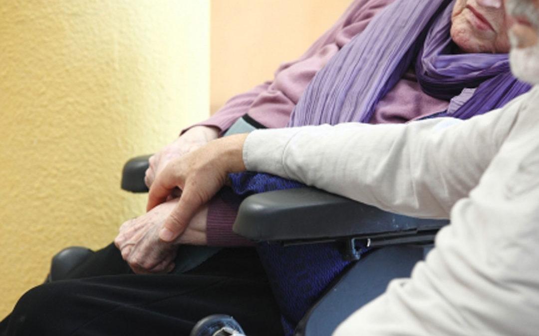 El IASS abre una bolsa de empleo para las residencias de mayores