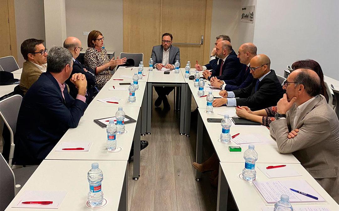 La comisión de Turismo de la Cámara de Teruel se reúne con su homóloga de Valencia