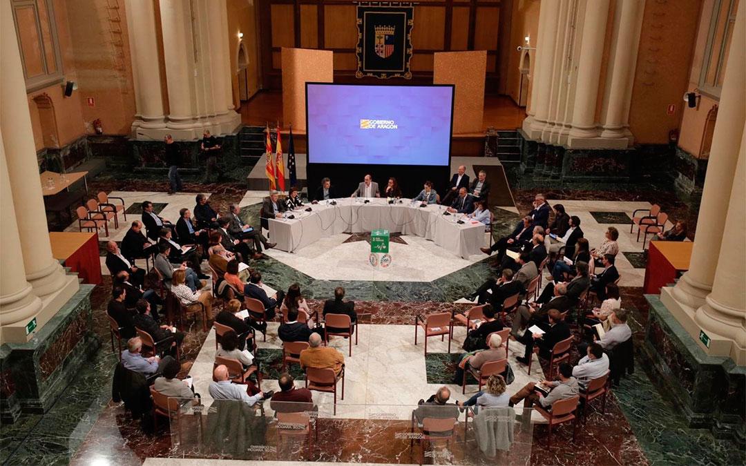 Reunión interinstitucional en la sede del Gobierno de Aragón por la crisis sanitaria del coronavirus./ DGA