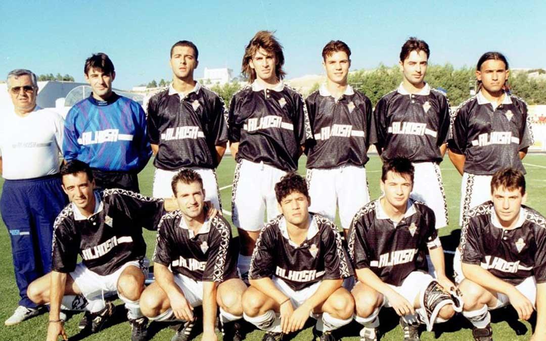 Jugadores de la plantilla que disputó la temporada 1995
