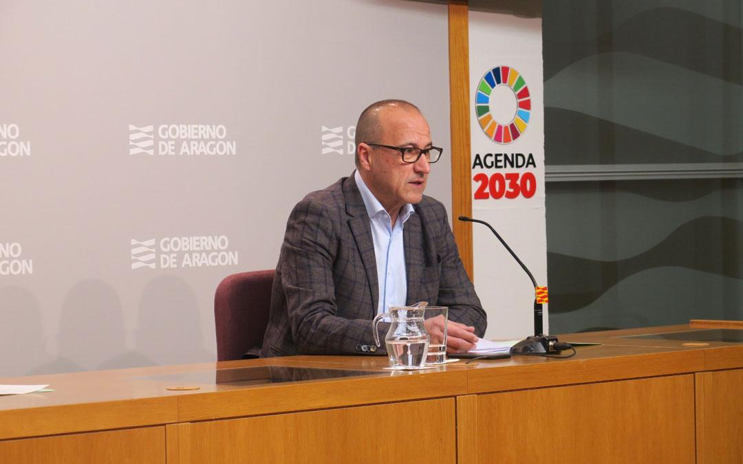 Felipe Faci, consejero de Educación, Cultura y Deporte de la DGA.