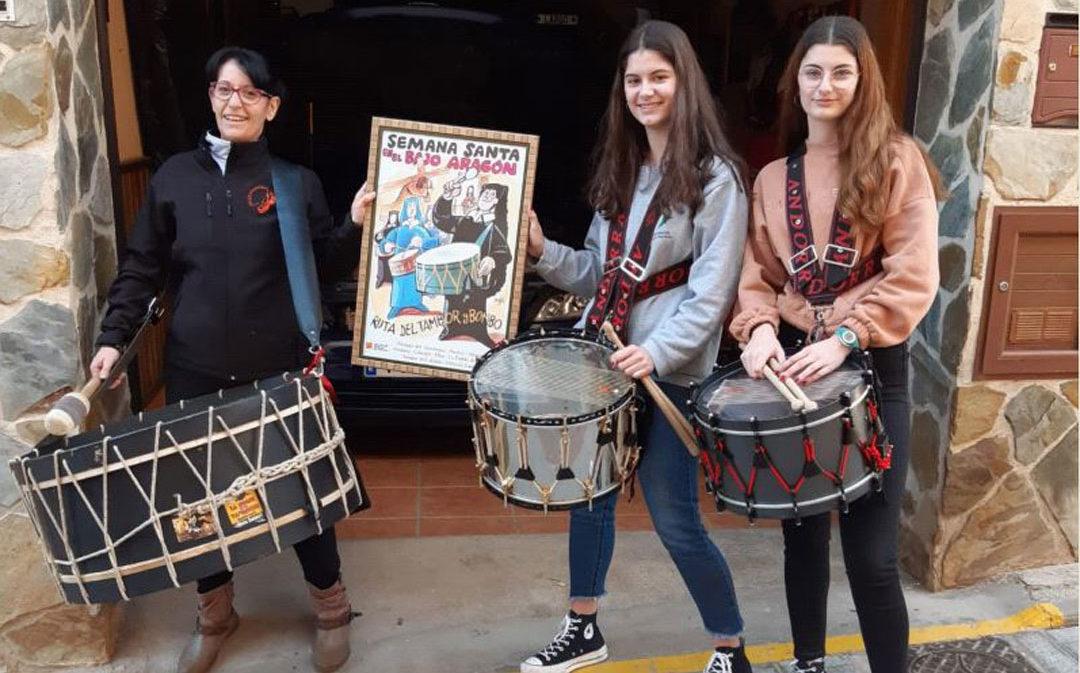 Los tambores y bombos redoblan en apoyo a las Jornadas de Alcañiz y el 50º aniversario de la Ruta