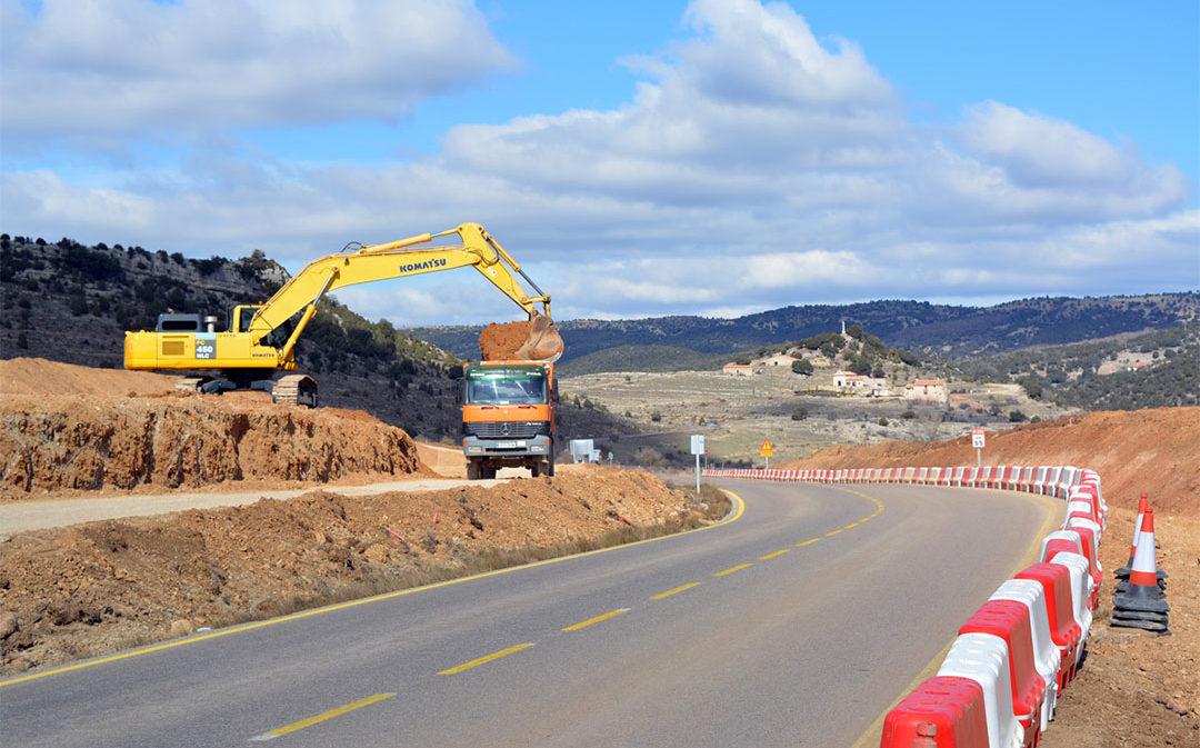 Las vigas de los viaductos en la N-232 se instalarán a principios de abril