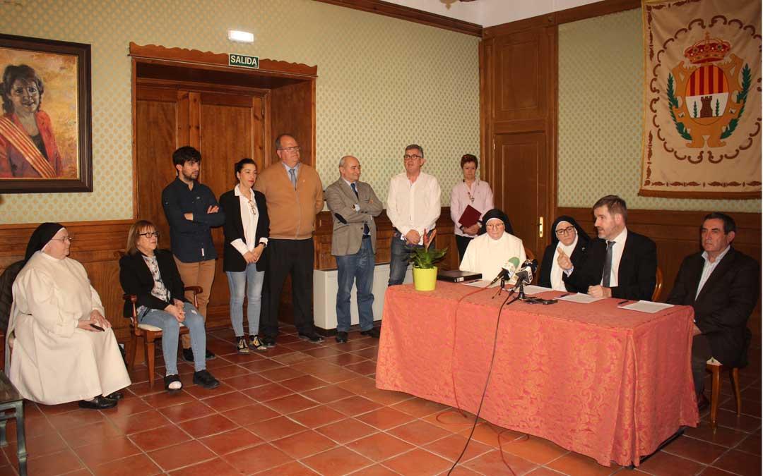Firma del protocolo de intenciones entre el Ayuntamiento, la Fundación Rey Ardid y las Hermanas Dominicas este miércoles / L. Castel