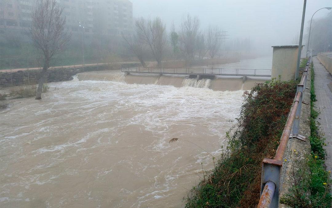 El río Guadalope a su paso por Alcañiz./ L.C.