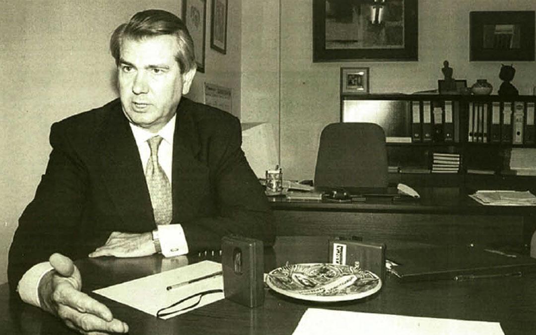 Entrevista en La COMARCA de balance de tres años de legislatura en junio de 1998. / Archivo La COMARCA