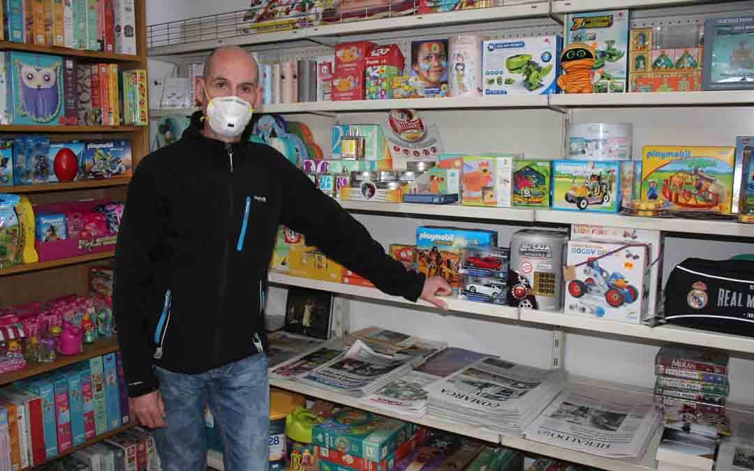En la papelería ha crecido la venta de periódicos