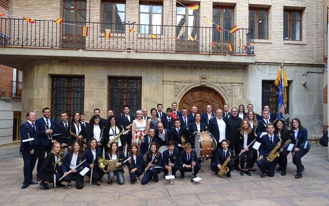 La Banda Municipal de Música de Alcorisa, el año pasado antes de su pregón de fiestas por el 30 aniversario. / Laura Castel