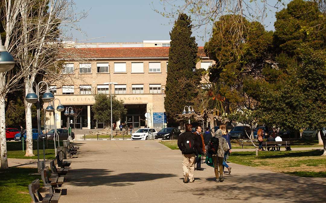 Facultad de la Universidad de Zaragoza.