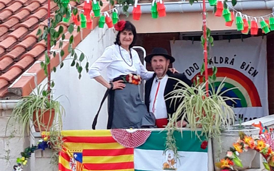 Trajes típicos de la Feria de Abril./ P.M.
