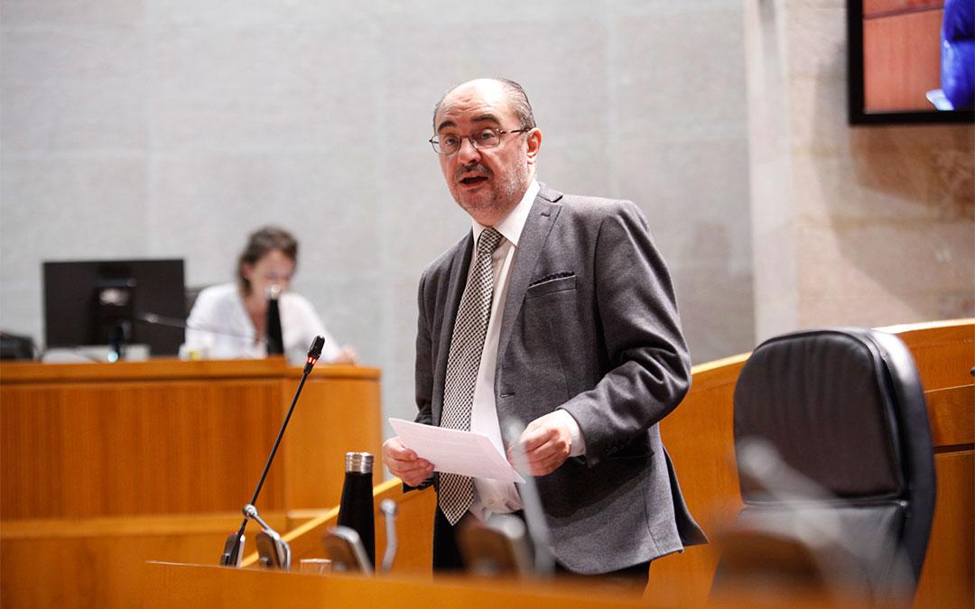 El presidente de Aragón, Javier Lambán, este jueves en el pleno de las Cortes de Aragón./ Cortes de Aragón