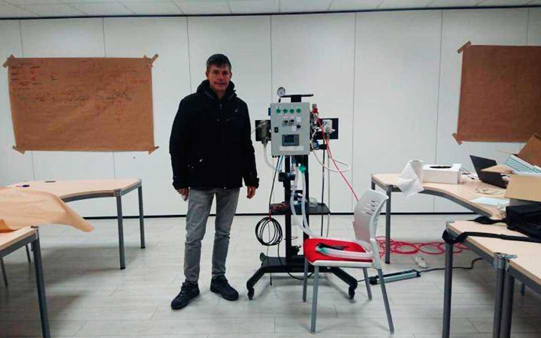 El proyecto del respirador de Jorge Cubeles, paralizado y sin financiación