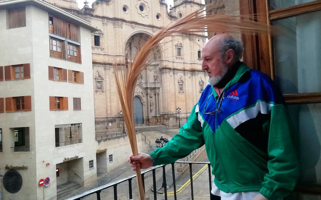 Semana Santa confinada: este Domingo de Ramos, palmas en las ventanas