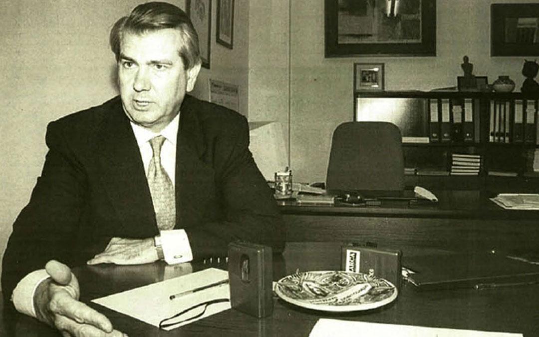El expresidente aragonés Santiago Lanzuela en una entrevista concedida a La Comarca