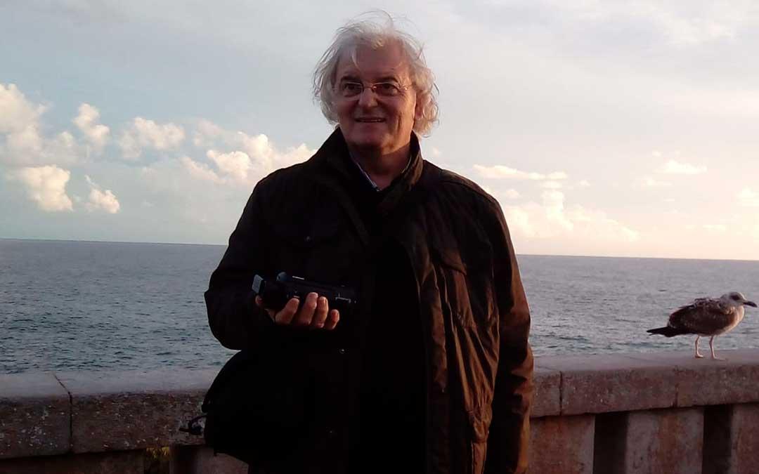 El escritor beceitano Silvestre Hernández deja abierta parte de su bibliografía.