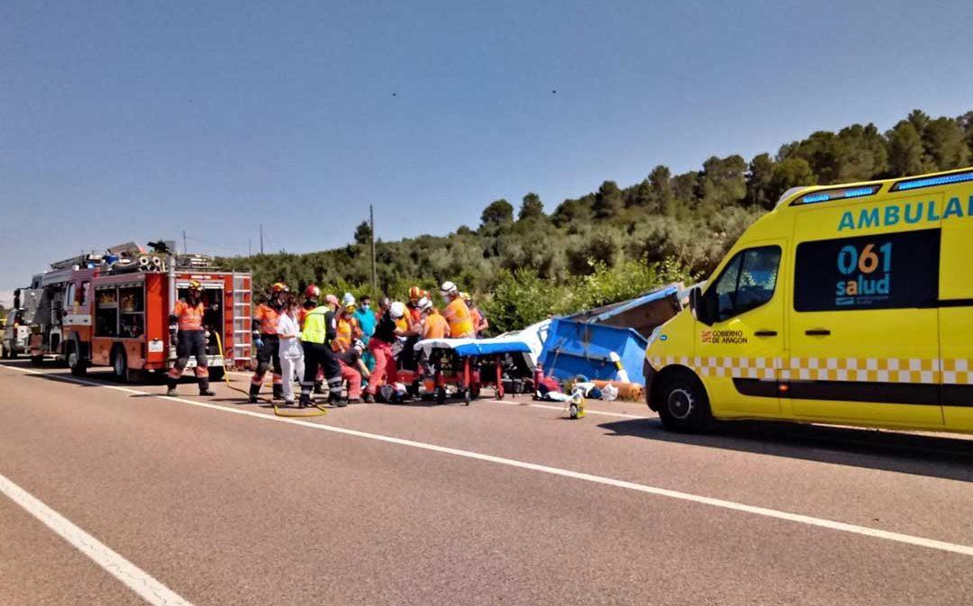 """Rescate """"largo y difícil"""" de un herido grave en un accidente cerca de Calaceite"""