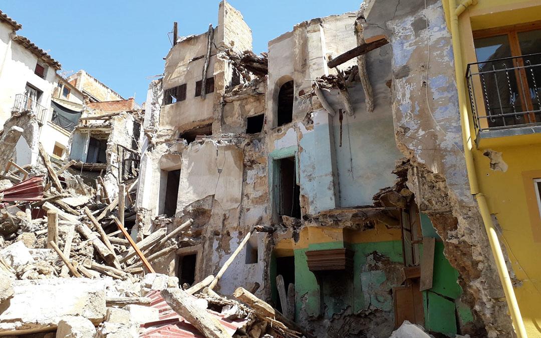 Este domingo han caído 4 fachadas en el Cantón Curto de Albalate
