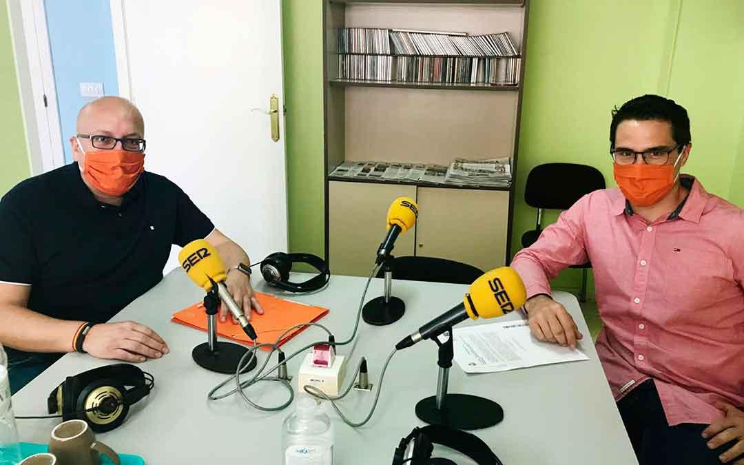 Cristian Poblador y José Miguel Albiac pertenecen a Ciudadanos Caspe.