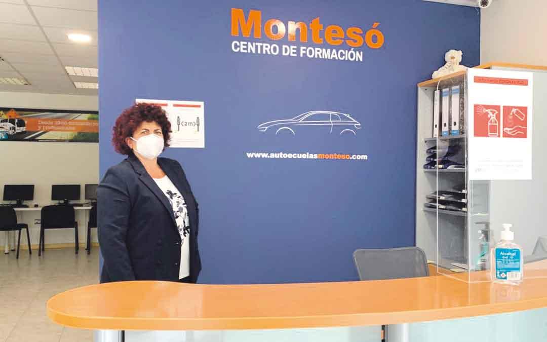 Victoria Rivero es la responsable de la oficina de Alcañiz