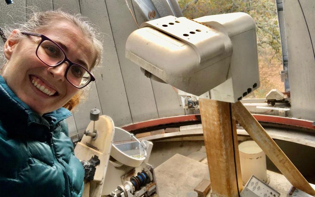 Ana Belén Griñón en el telescopio solar de la Universidad de Stanford./ A.B.G.