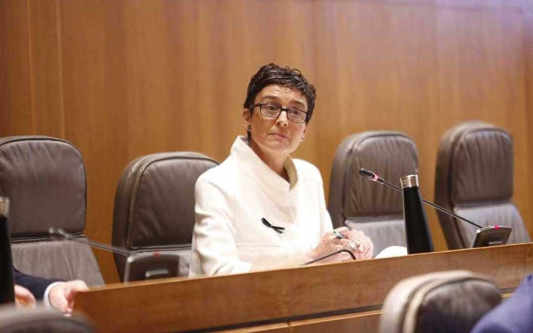 La diputada del PP de Teruel Ana Marín en las Cortes de Aragón