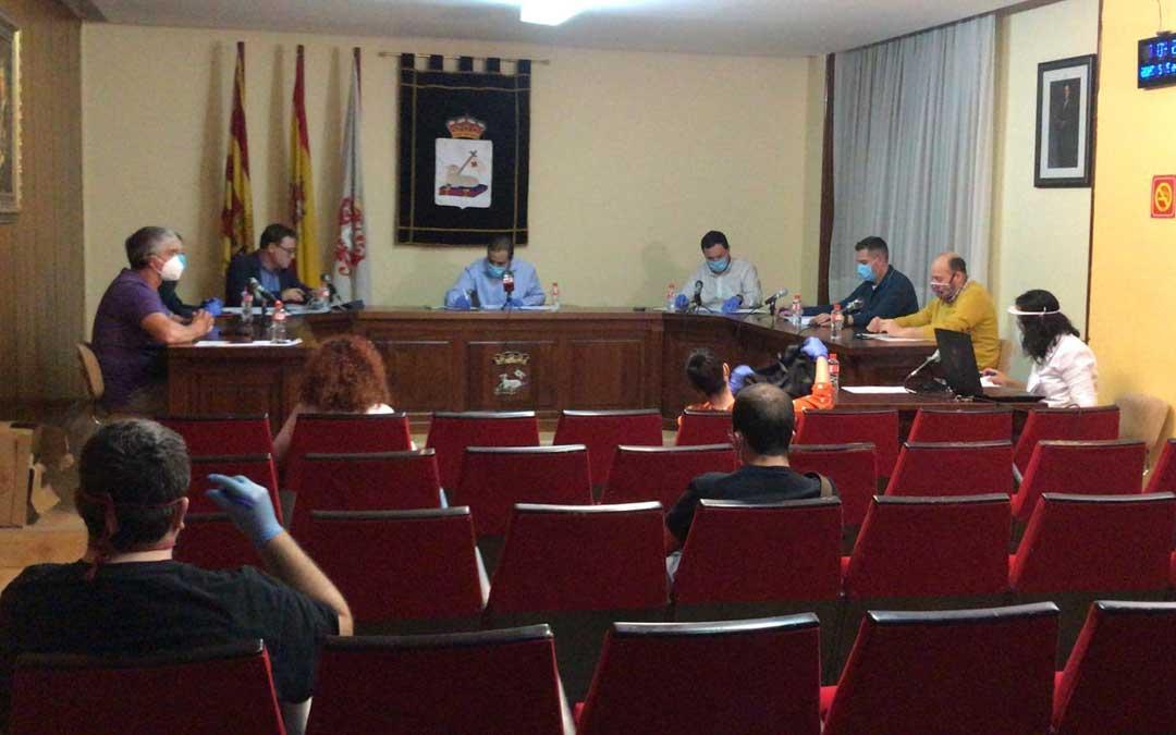 El pleno de la Villa Minera en el que se aprobó el proyecto en mayo/ Ayto. Andorra