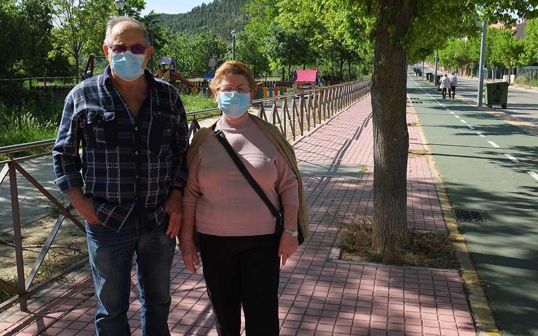 Tranquilidad en las calles esta mañana en Alcañiz y alegría en la cara de quienes no las pisaban desde hace 50 días./ A.M.