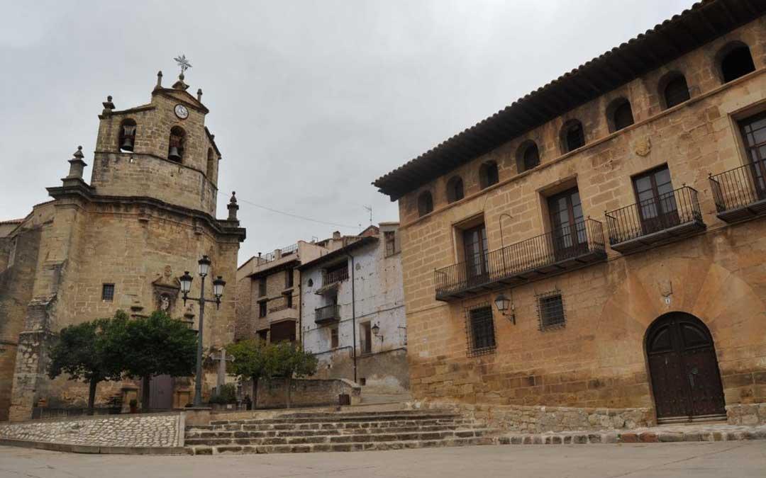 Imagen de la plaza de Fuentespalda.