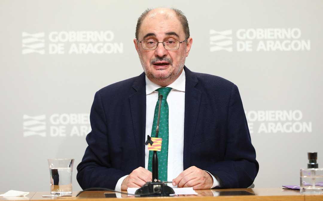 El presidente de Aragón, Javier Lambán, en rueda de prensa / DGA