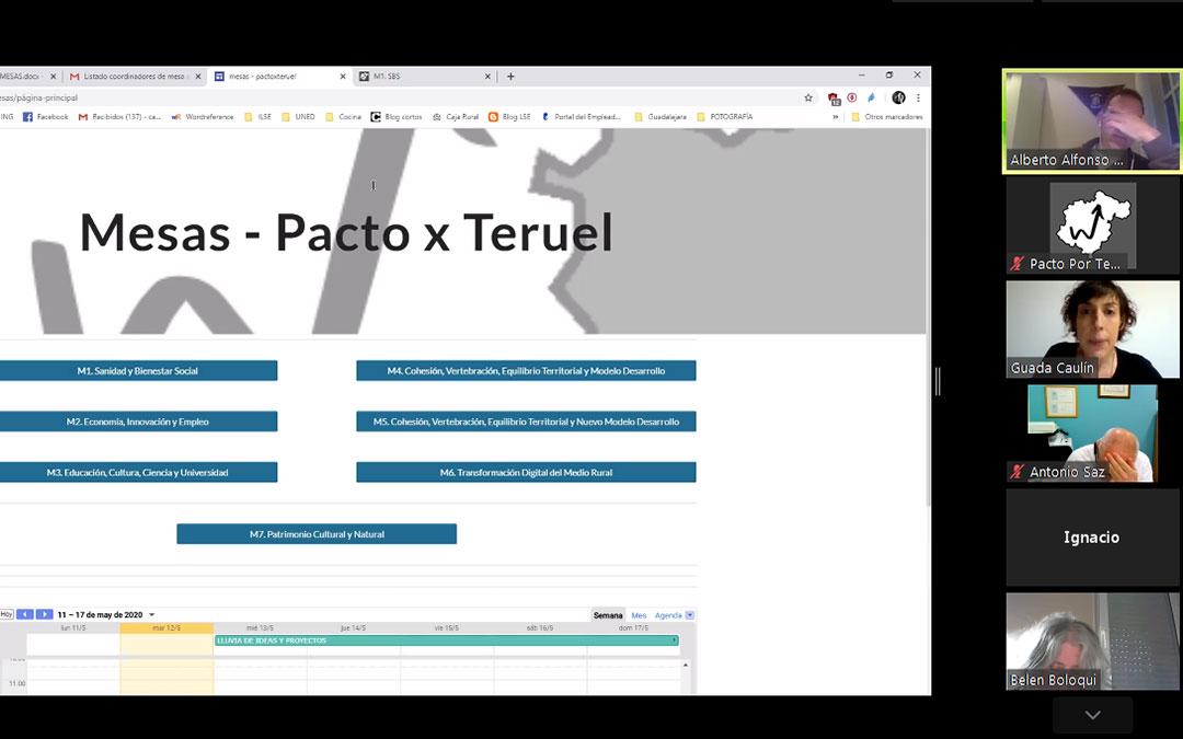 Imagen de una de las reuniones telemáticas mantenida en los últimos días desde Pacto por la Provincia de Teruel./ Pacto por la Provincia de Teruel