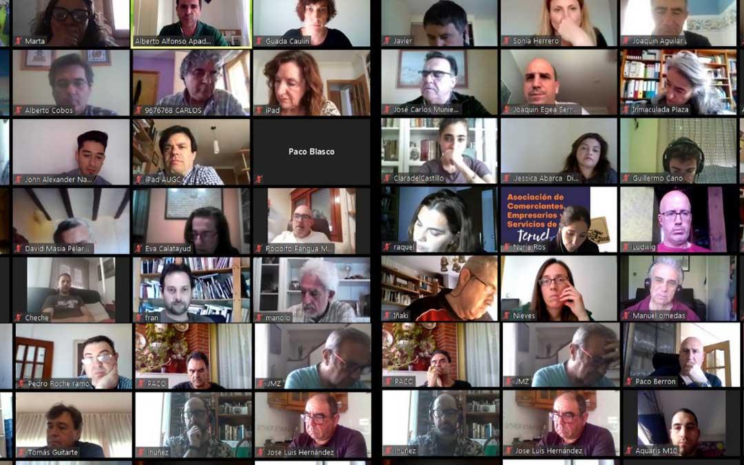 Participantes de una de las reuniones telemáticas del Pacto por la Reconstrucción Provincia de Teruel