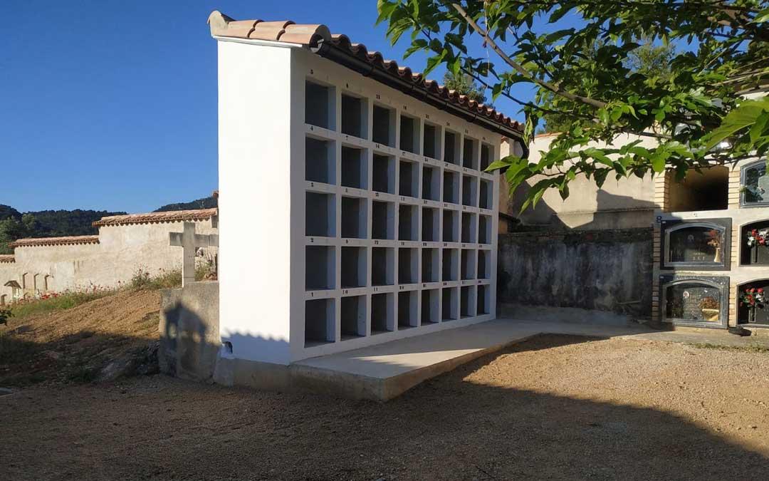 El consistorio invirtió 12.000 euros en los columbarios.