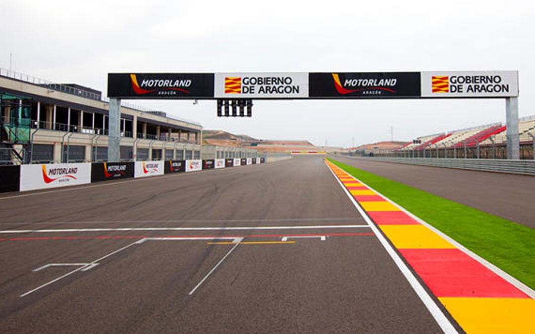 Recta principal del circuito de velocidad de Motorland Aragón