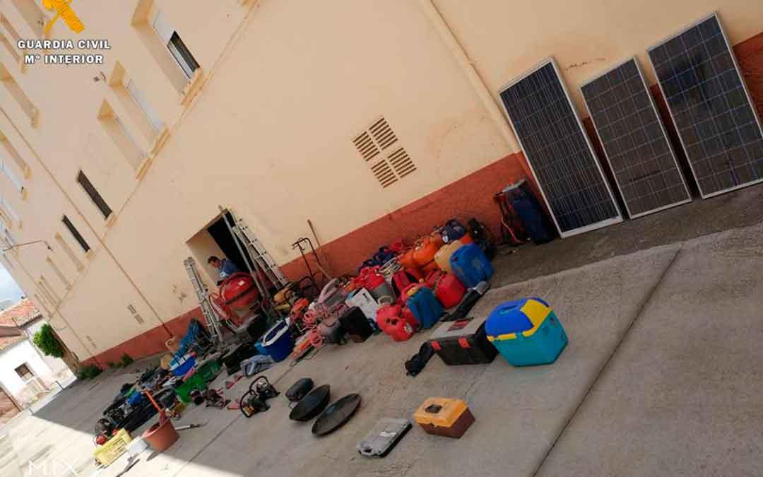Objetos sustraídos en el domicilio de los detenidos, en Caspe.