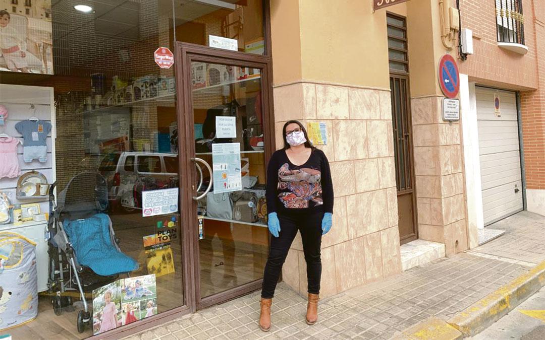 Reyes Benaque, gerente de la tienda de puericultura y ropa infantil y juvenil Nidos, en Andorra./ L.C.