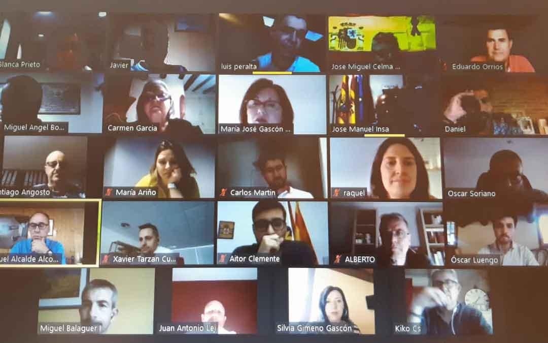 Reunión por videoconferencia de los alcaldes y consejeros de los pueblos de la comarca del Bajo Aragón.