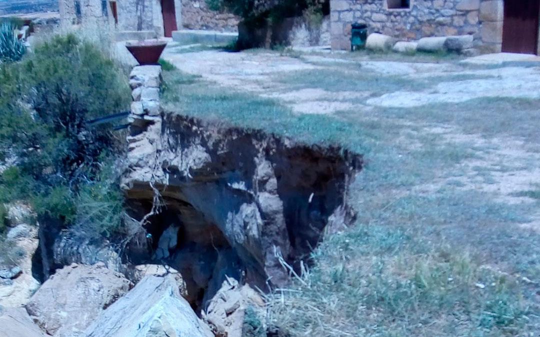 Imagen de la roca que ha cedido en Santa Bárbara