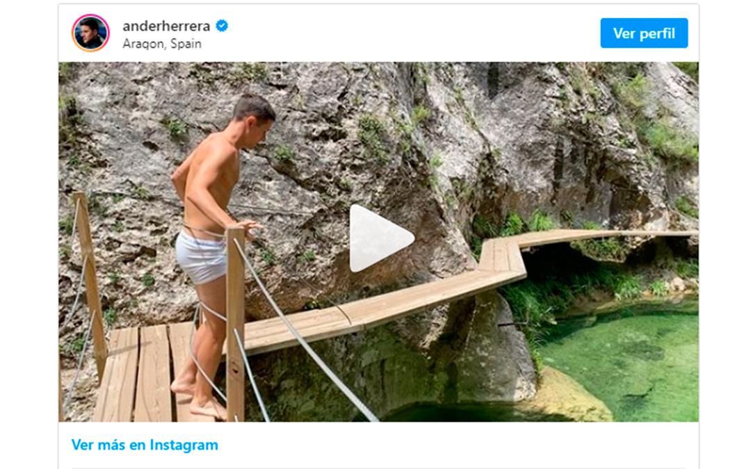 Puedes ver el vídeo de Ander Herrera bañándose en El Parrizal en su Instagram @anderherrera./ L.C.